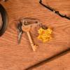 Kép 2/2 - HARRY POTTER 3D Roxfort Hogwarts Crest kulcstartó 4 cm