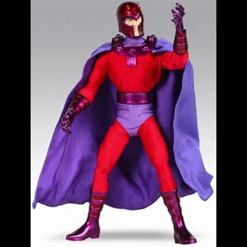 MARVEL Real Action Heroes Magneto mozgatható szövetruhás gyűjtői figura 30 cm