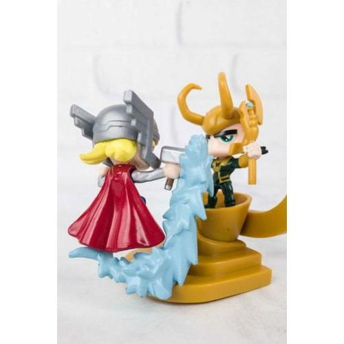 MARVEL Thor vs Loki LC Exclusive összerakható mini figura dioráma 8 cm