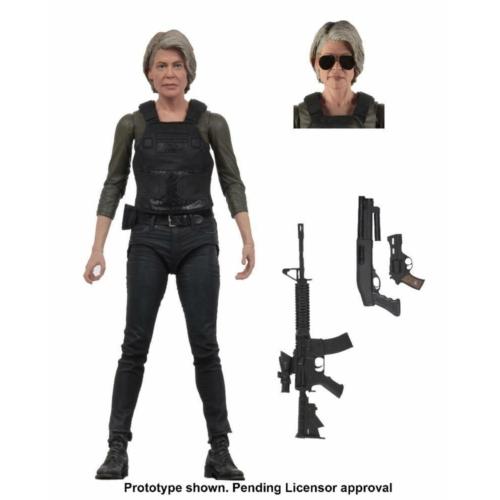 Terminator Dark Fate Sarah Connor Linda Hamilton figura cserélhető napszemüveges fejjel, mozgatható végtagokkal és fegyverekkel  18 cm