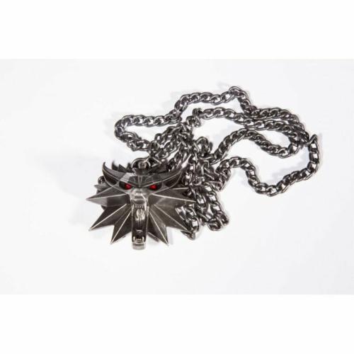 The Witcher: Witcher III Wild Hunt Medallion and Chain – Prémium minőségű medál és nyaklánc Led Világítással